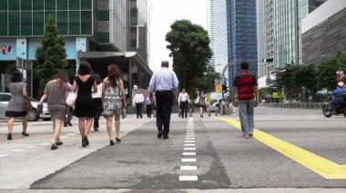 Mensen kruising weg — Stockvideo