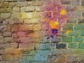 Il muro di mattoni di graffiti — Foto Stock