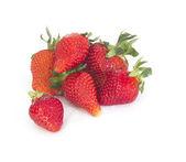 Verse aardbeien op witte — Stockfoto