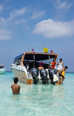 Boats are used to transport purists, Thailand — 图库照片
