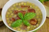 Apetyczny zupa grochowa — Zdjęcie stockowe
