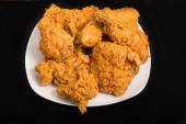 Fried Chicken on Square Black Plate and Black Background — Stock Photo