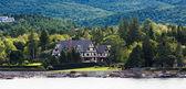 Tudor Bed and Breakfast on Coast of Maine — Stock Photo