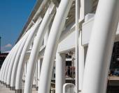 Curved White Steel Architecture at Rail Station — Stock Photo