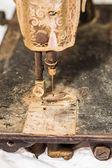 Szczegóły na starą maszynę do szycia Rusty — Zdjęcie stockowe