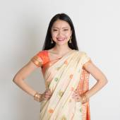 Confident Indian girl in sari smiling  — Stock Photo