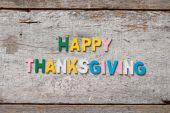 """The colorful words """"HAPPY THANKSGIVING"""" — Stock Photo"""