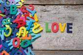 "Barevné slova ""láska"" — Stock fotografie"