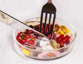 Petri dish with pills — Stock Photo