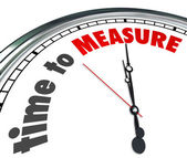 Time to Measure Words Clock Gauge Performance Level — 图库照片