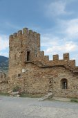 Ruins of medieval Genoese fortress — Stock Photo