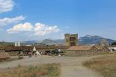 Ruiny średniowiecznej twierdzy genueńskiej — Zdjęcie stockowe