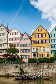 Traditional punt in front of the waterfront of Tubingen aka Tuebingen, Germany — Stock Photo