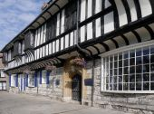 Tudor building in York — Stock Photo