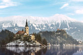 Amazing sunrise at the lake Bled in winter — Stock Photo