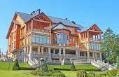 Mezhyhirya - former private residence of ex-president Yanukovich, now open to the public, Kyiv region, Ukraine — Stockfoto