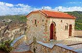 Das Kloster der Heiligen Dreifaltigkeit (1475), Meteora, Griechenland — Stockfoto