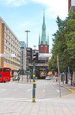 克拉拉大教堂从 rodbodtorget 在瑞典斯德哥尔摩街头的视图 — 图库照片