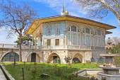 Baghdad Kiosk situated in the Topkapi Palace in Istanbul, Turkey — Stock Photo
