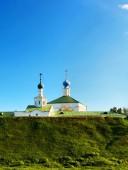 пейзаж с церковью — Стоковое фото