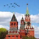 Постер, плакат: Aircraft over the Kremlin
