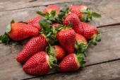 Fresh strawberries — Stock Photo