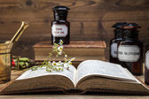 The ancient natural medicine, herbs and medicines — Foto Stock