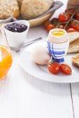 English breakfast on white wooden table — Stock Photo