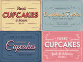 Set of vintage retro cupcakes labels — Stock Vector