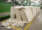 Textile industry - Carding department — 图库照片