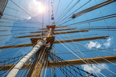 Masts with rigging of old sailing vessel — Stock Photo