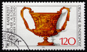 Postage stamp Germany 1976 Roman Cup with Masks — Stock Photo