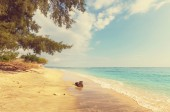 Tropical beach in Gili — Stock Photo