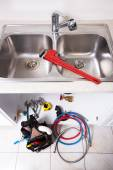Kitchen Water tap and sink. — Stockfoto