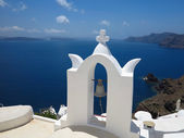 Santorini island Greece - beautiful typical house with white wal — Stock Photo