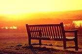 скамейки и закаты. — Стоковое фото