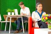 Bir iş dinlenme odasında çalışma — Stok fotoğraf