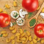 Garlic Parsley Mushroom Tomato Pasta Recipes — Stock Photo