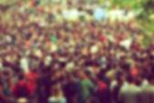 Defocussed Concert Crowd at Music Festival — Stock Photo