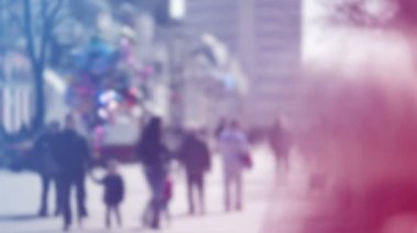 Blur Crowd of People Walking On the Street in Bokeh, unrecognizable group of men and women as blur urban background — Stock Video