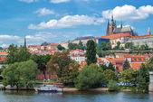 Pražský hrad a svatého Víta katedrála — Stock fotografie