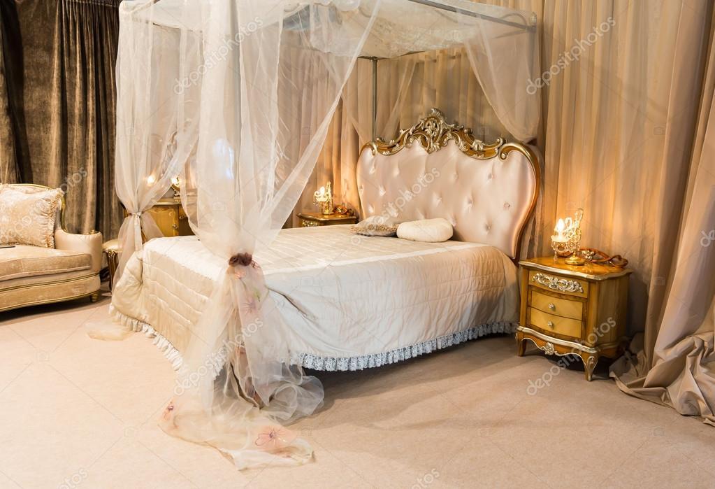 Moderne Luxus Schlafzimmer U2014 Stockfoto © Nomadsoul1 #72040249