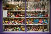 Shoe shop window — Stock Photo