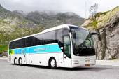 MAN R08 Lion's Top Coach — Stock Photo