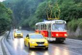 タトラ T3r およびタクシー車 — ストック写真