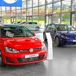Volkswagen Golf — Stock Photo #59528809