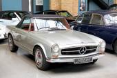 Mercedes-benz w113 230sl — Foto Stock