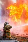Požár v domě — Stock fotografie