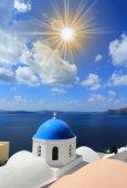 Orthodox church in Oia,  Santorini, Greece. — Stock Photo