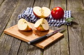 Fresh organic red apples — Stock Photo